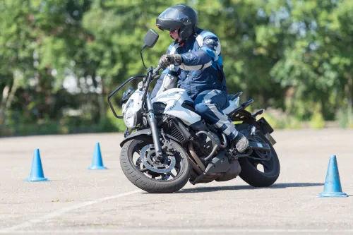 Motorrijbewijspoint Echt motor rijtest