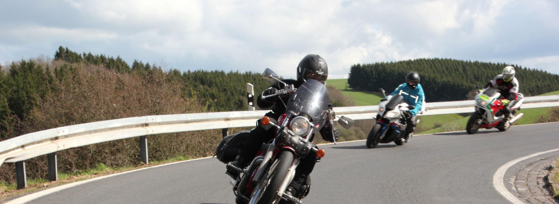 Motorrijbewijspoint Roosteren spoed motorrijbewijs
